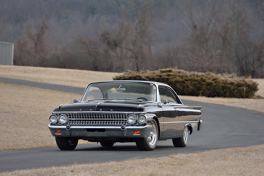 1961_Galaxie_frontsmall