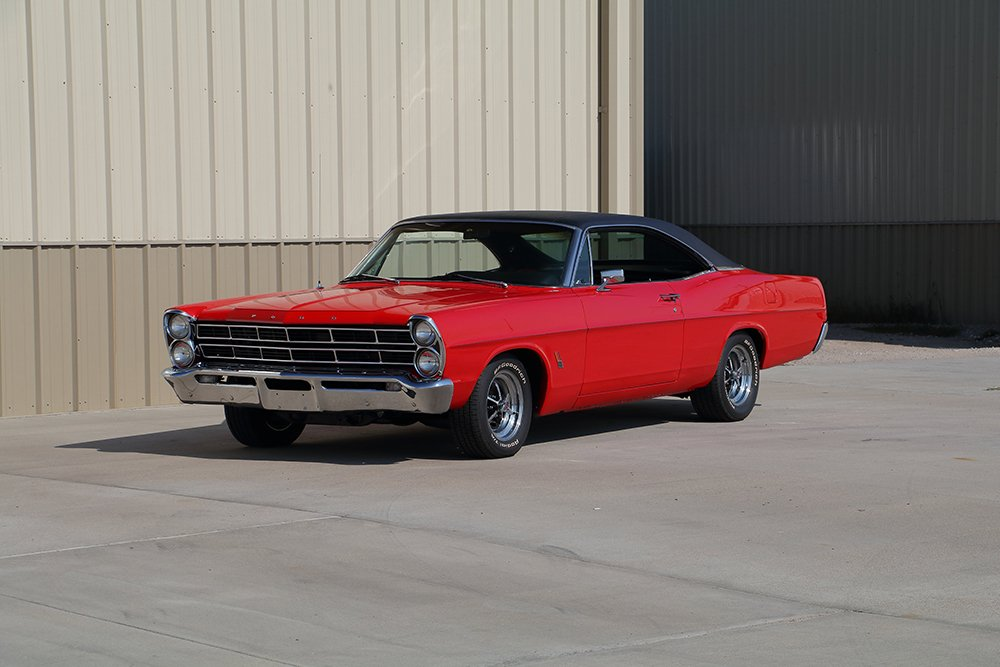 1967_Galaxie_red_frontsmall