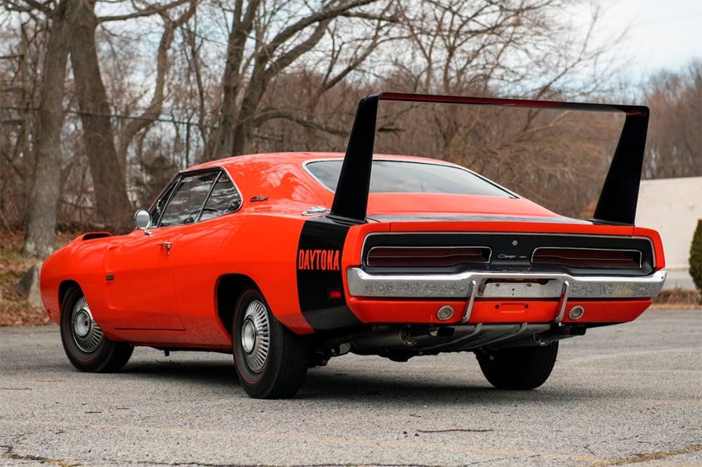 Dodge_Charger_Daytona_02