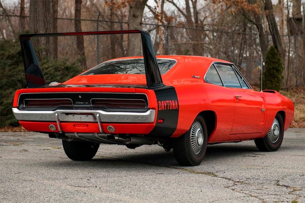 Dodge_Charger_Daytona_04