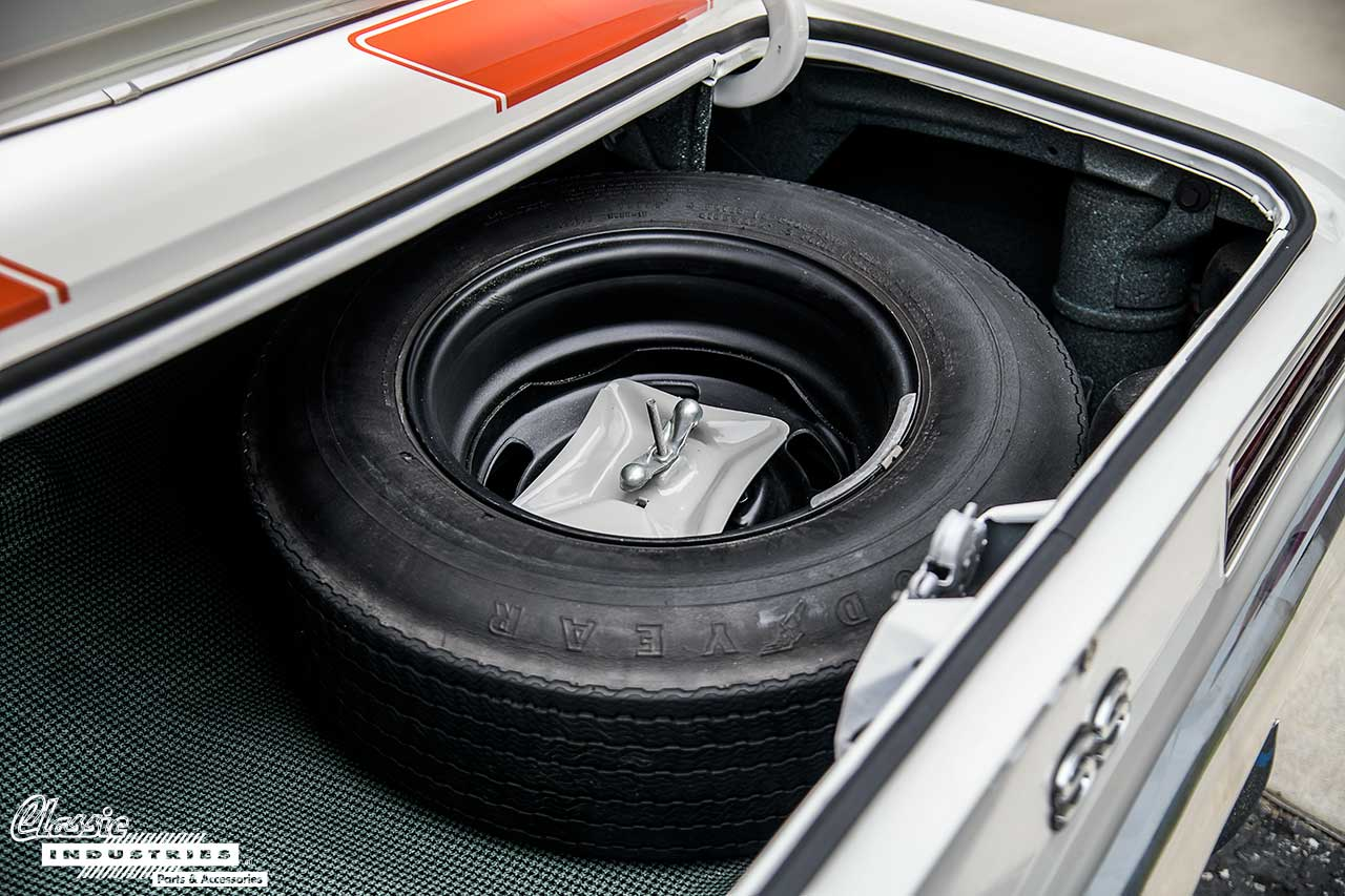 Pace-Car-Trunk