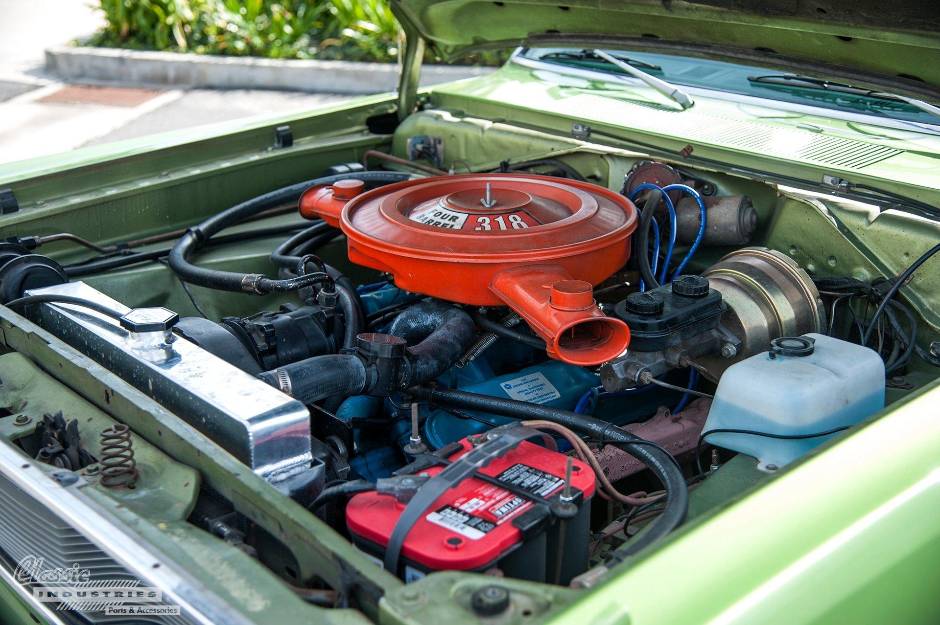 72 Valiant Engine.jpg