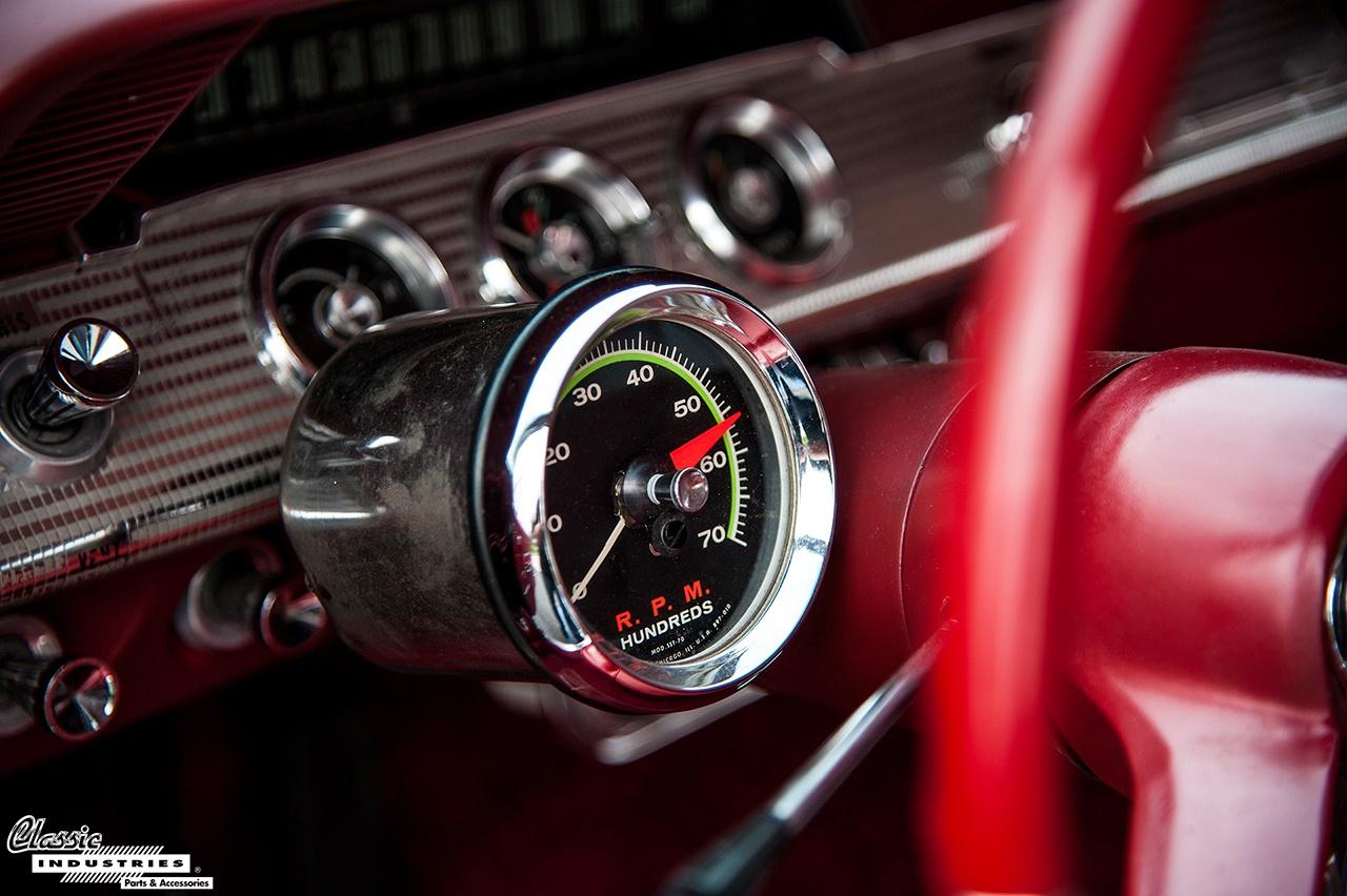 62-Impala-SS-Blk-Tach