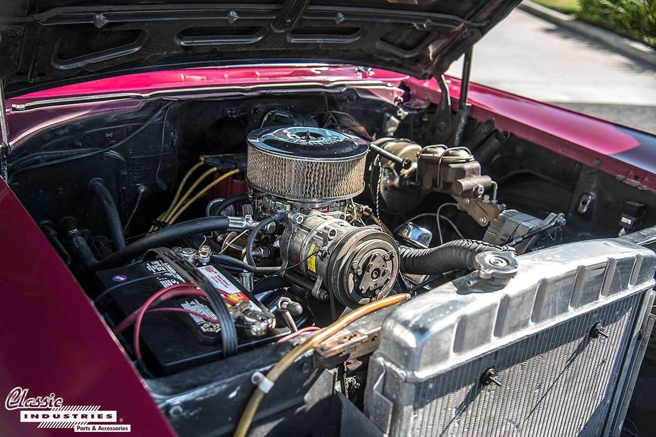 4door-57-Engine