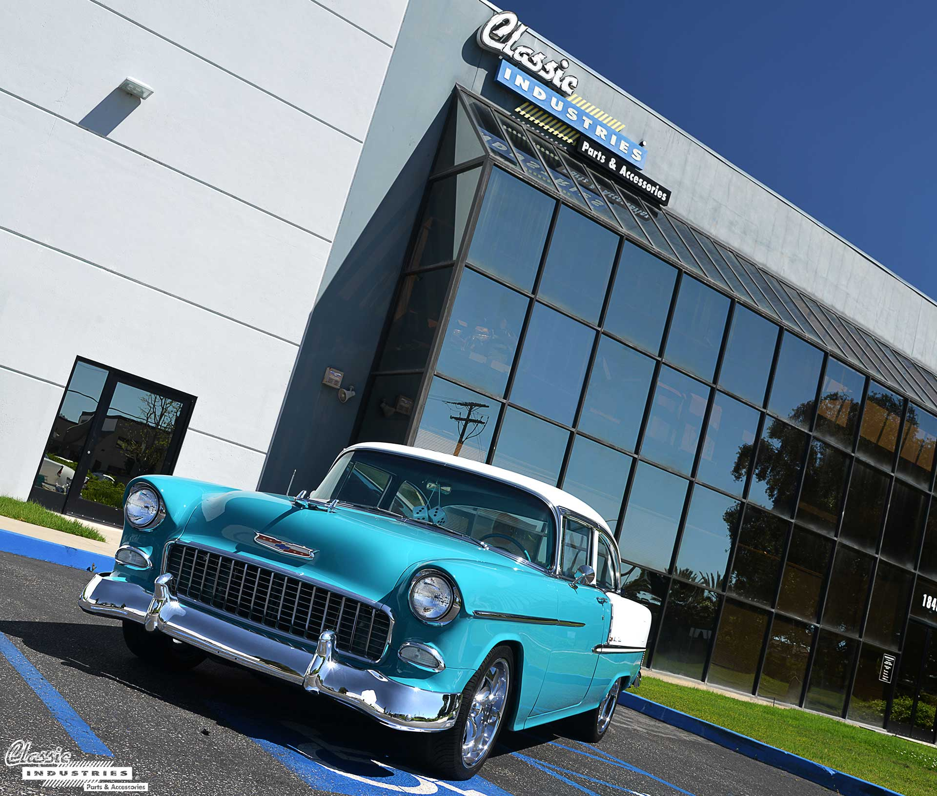 55-Chevy-Building