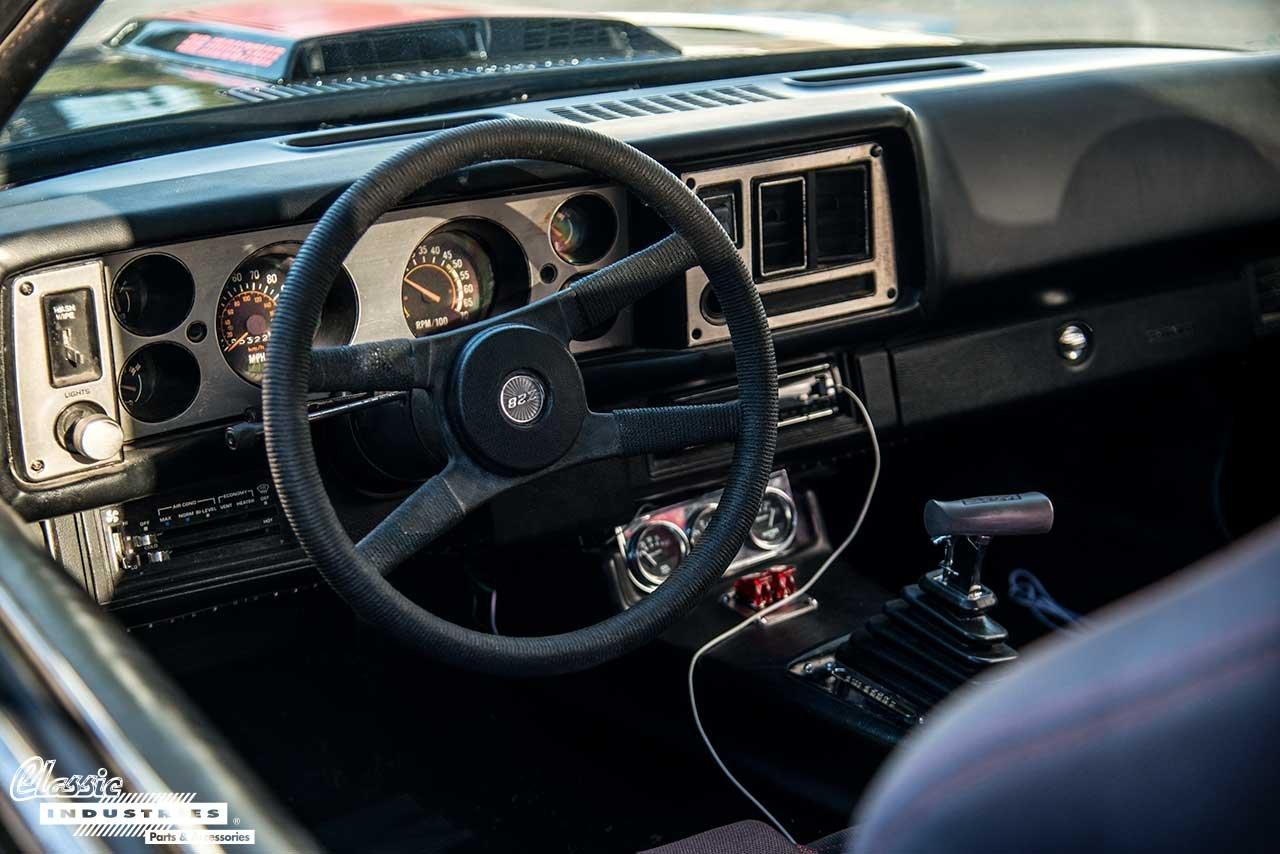 80-Camaro-Z28-Dash