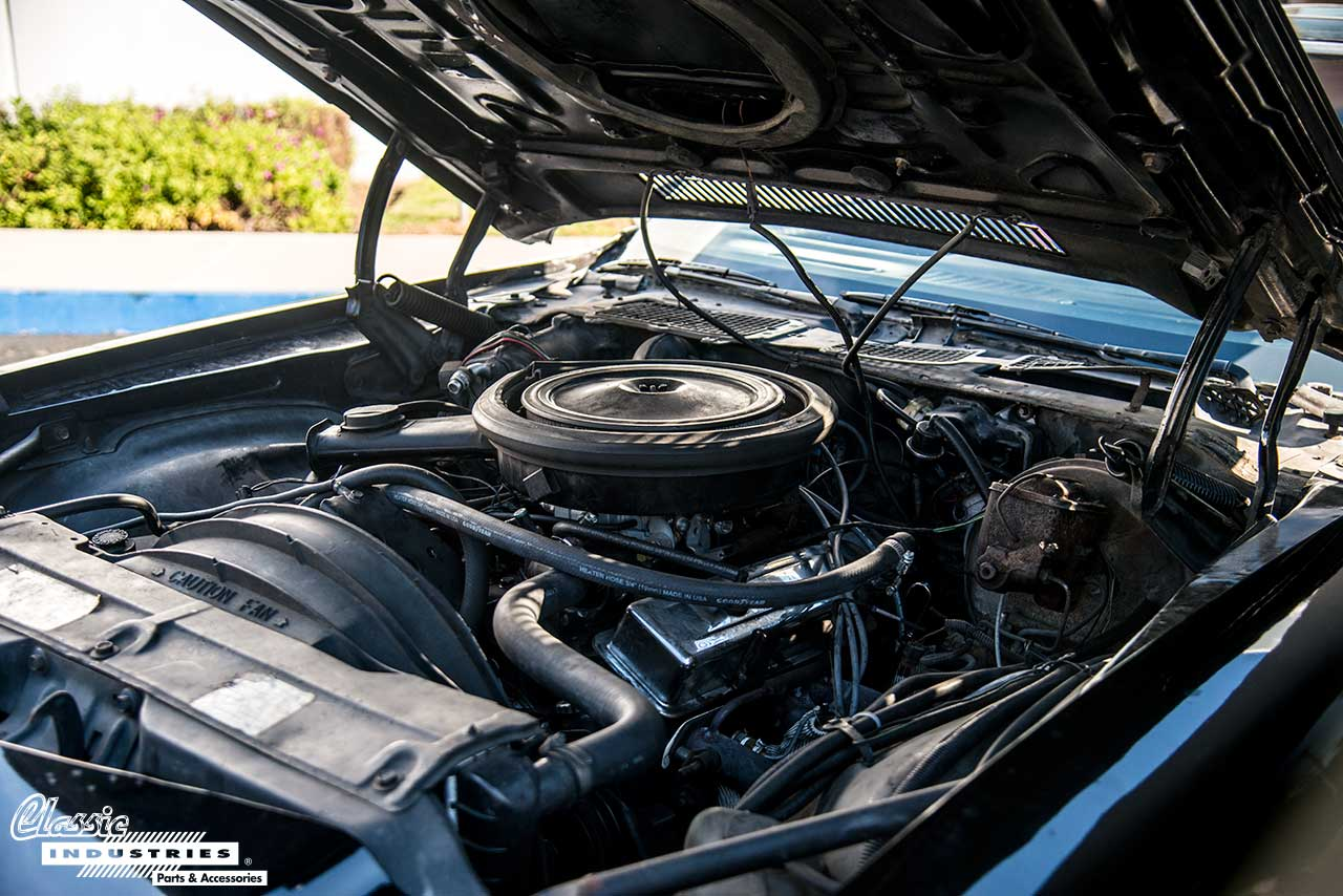 80-Camaro-Z28-Engine