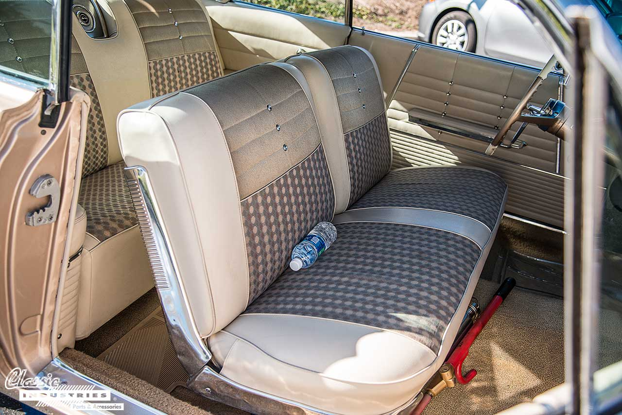 Impala-64-Interior