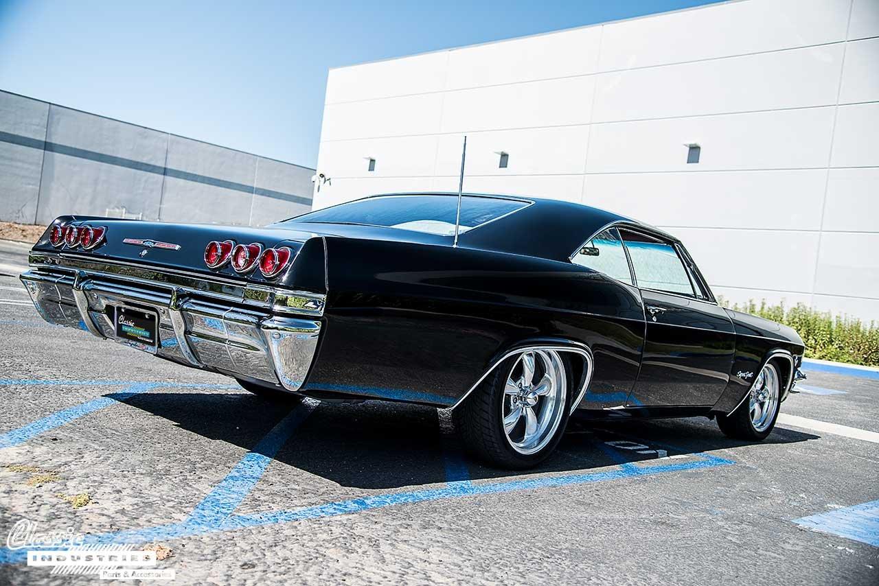 65-Impala-Back