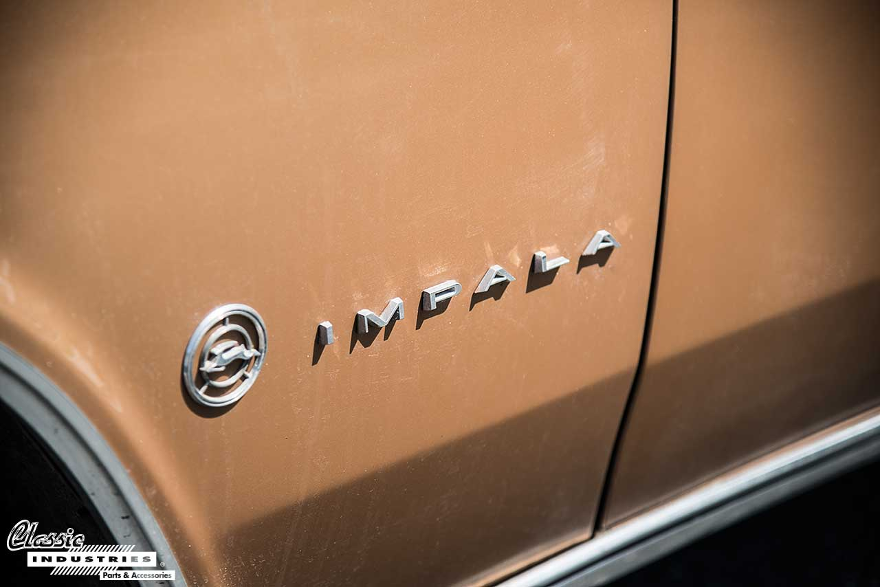 65-Impala-Gold-Emblem