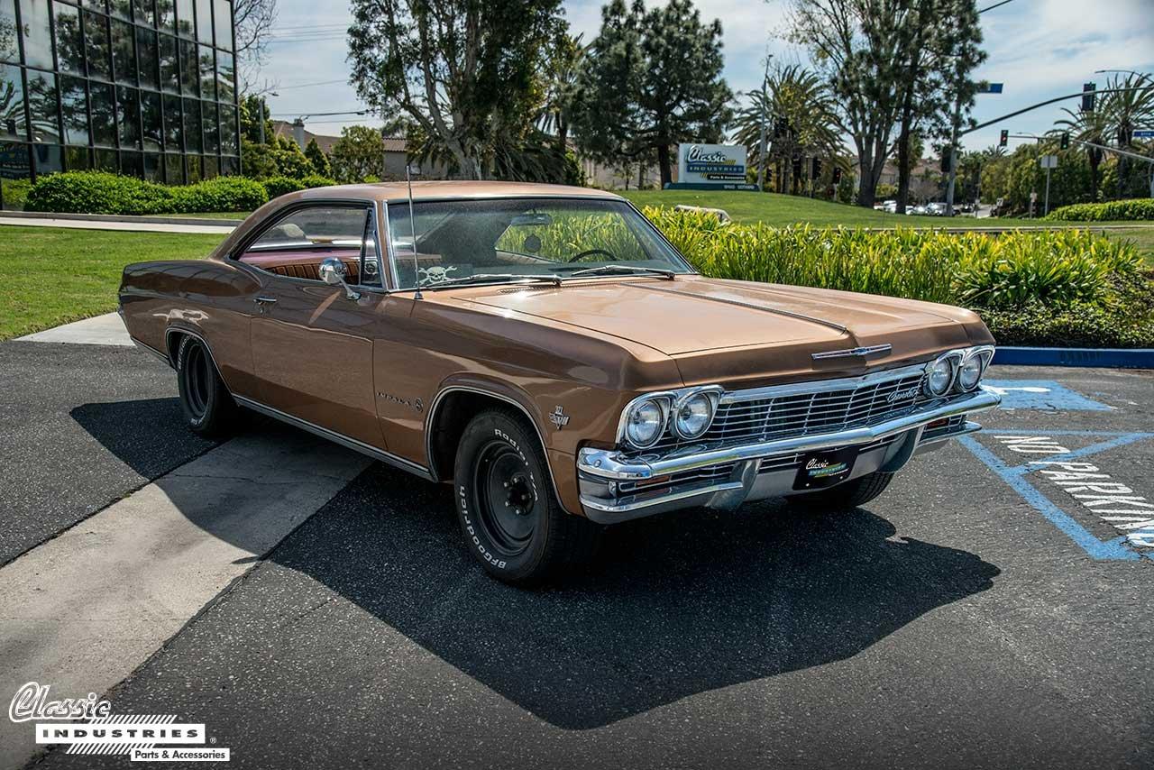 65-Impala-Gold-Sign