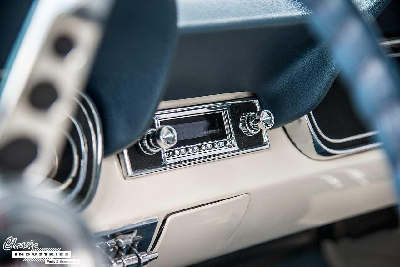 66-Mustang-Radio