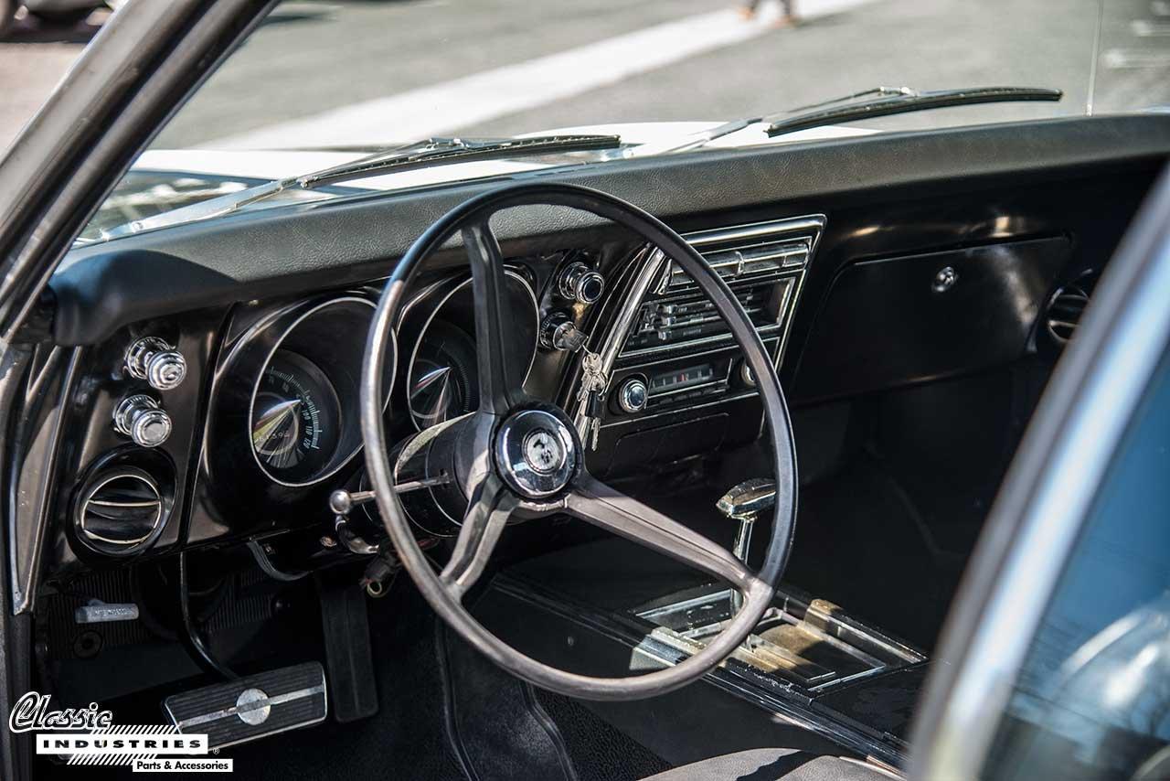 67-Camaro-Dash