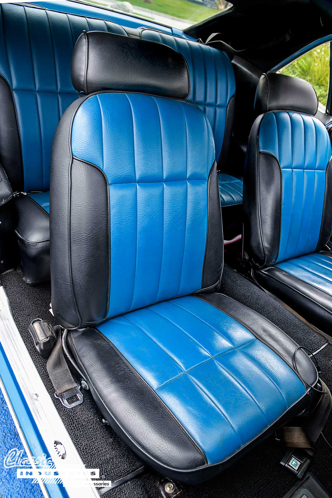 69-Firebird-Blue_Passenger-Seat