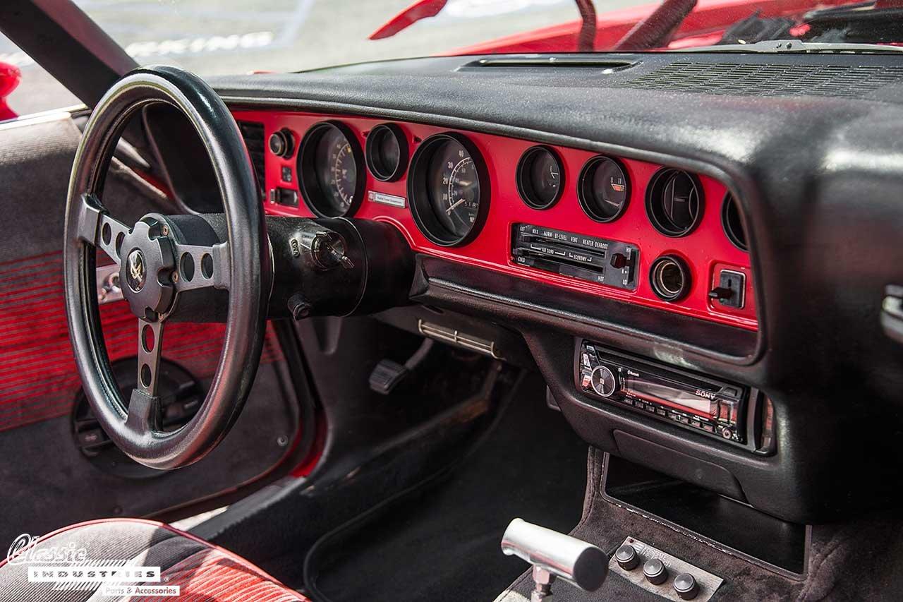 78-Red-Trans-AM-Modified_WheelNDash1