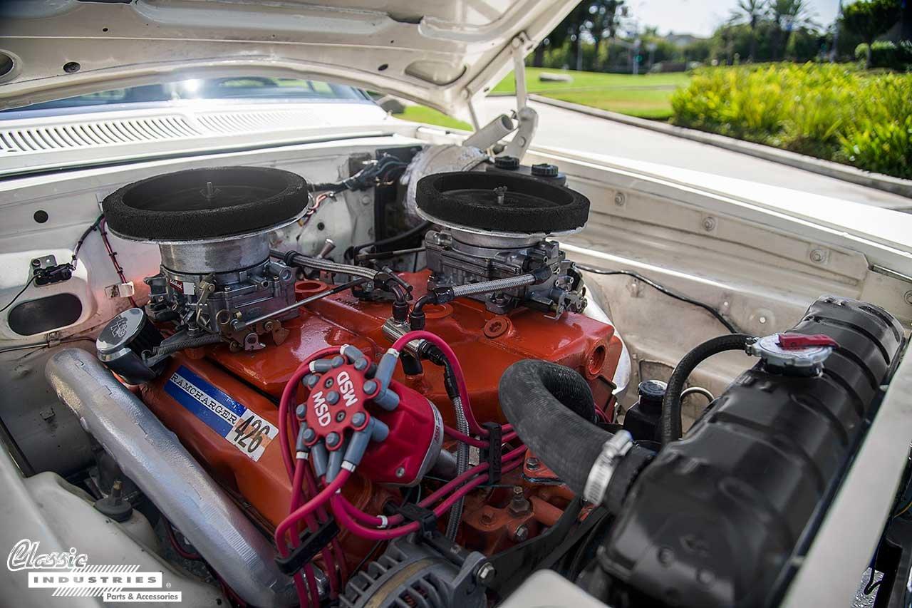 63-Dodge-330_Engine