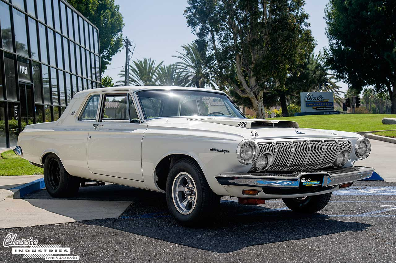 63-Dodge-330_FrontQuarter