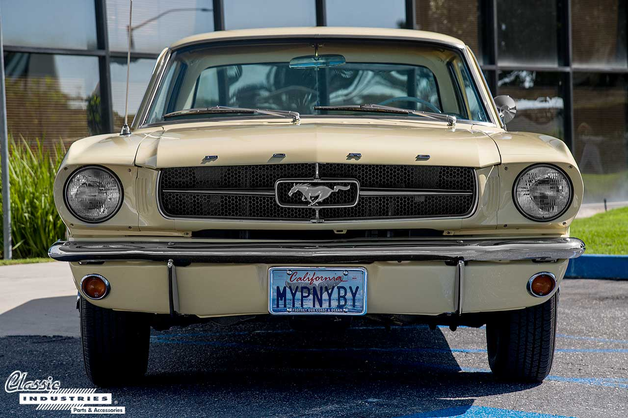 64-Mustang_Front