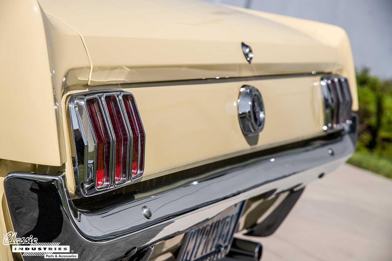 64-Mustang_RearLights
