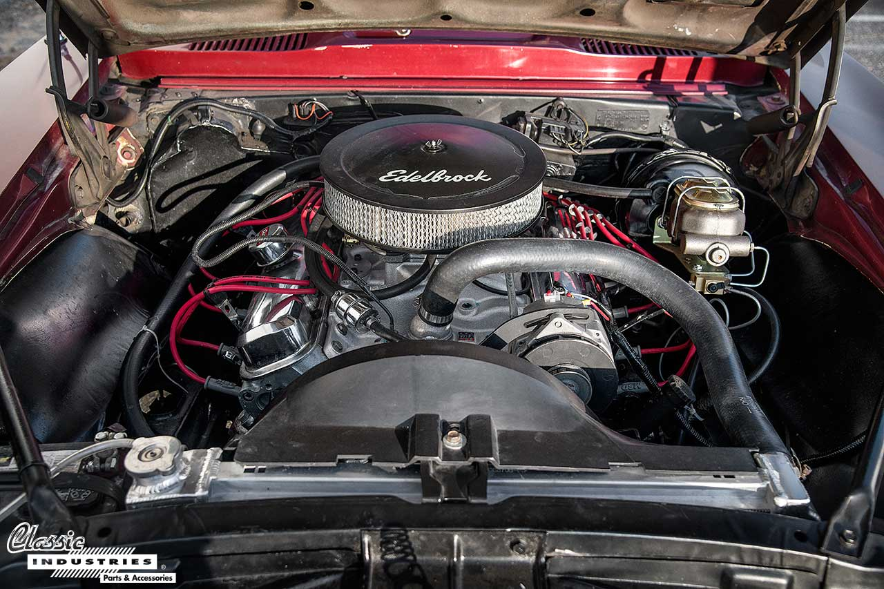 67-Firebird-Burgandy_Engine