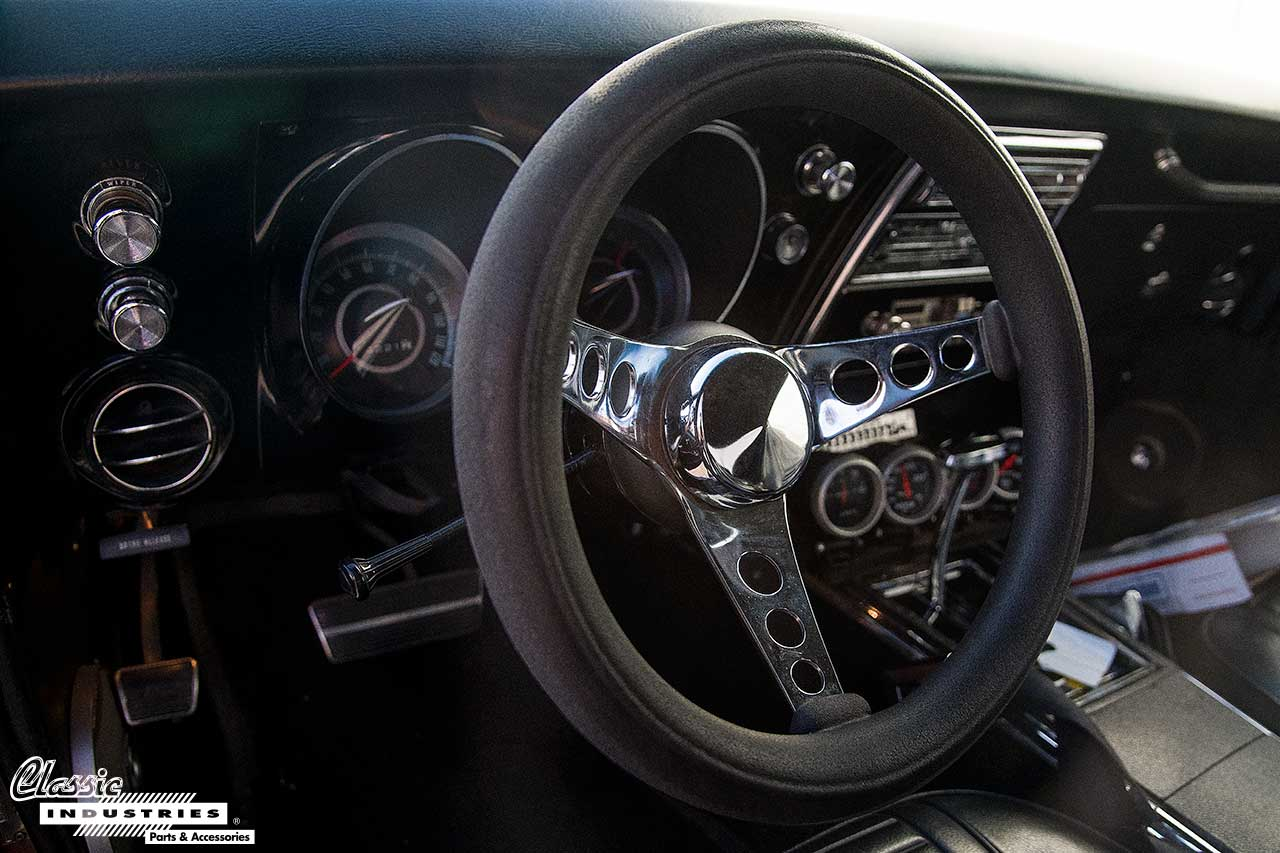 67-Firebird-Burgandy_SteeringWheel