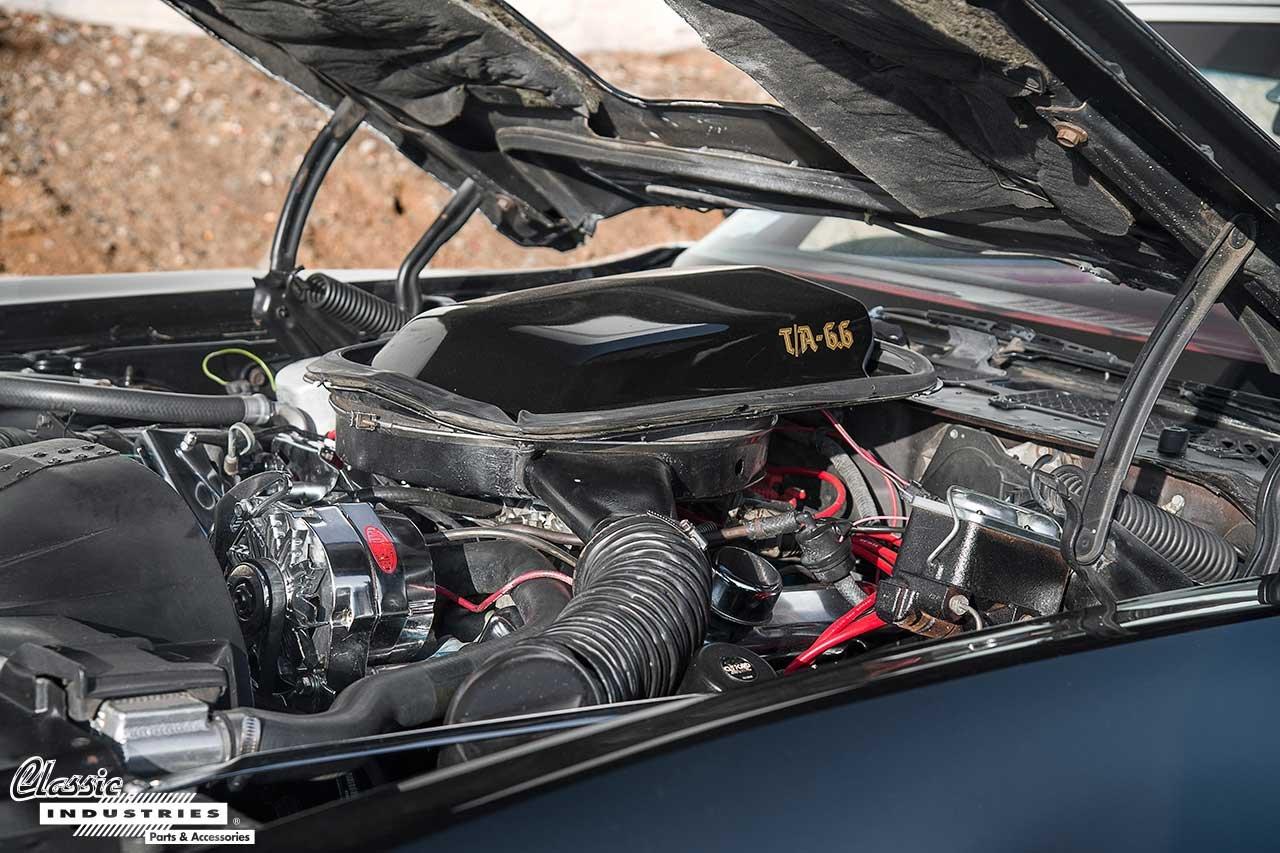 78-TransAm_Engine