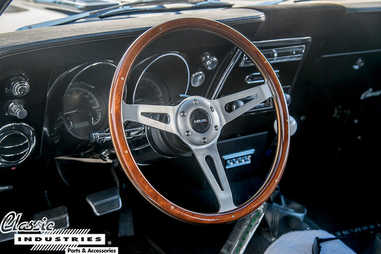 68CamaroLS_SteeringWheel