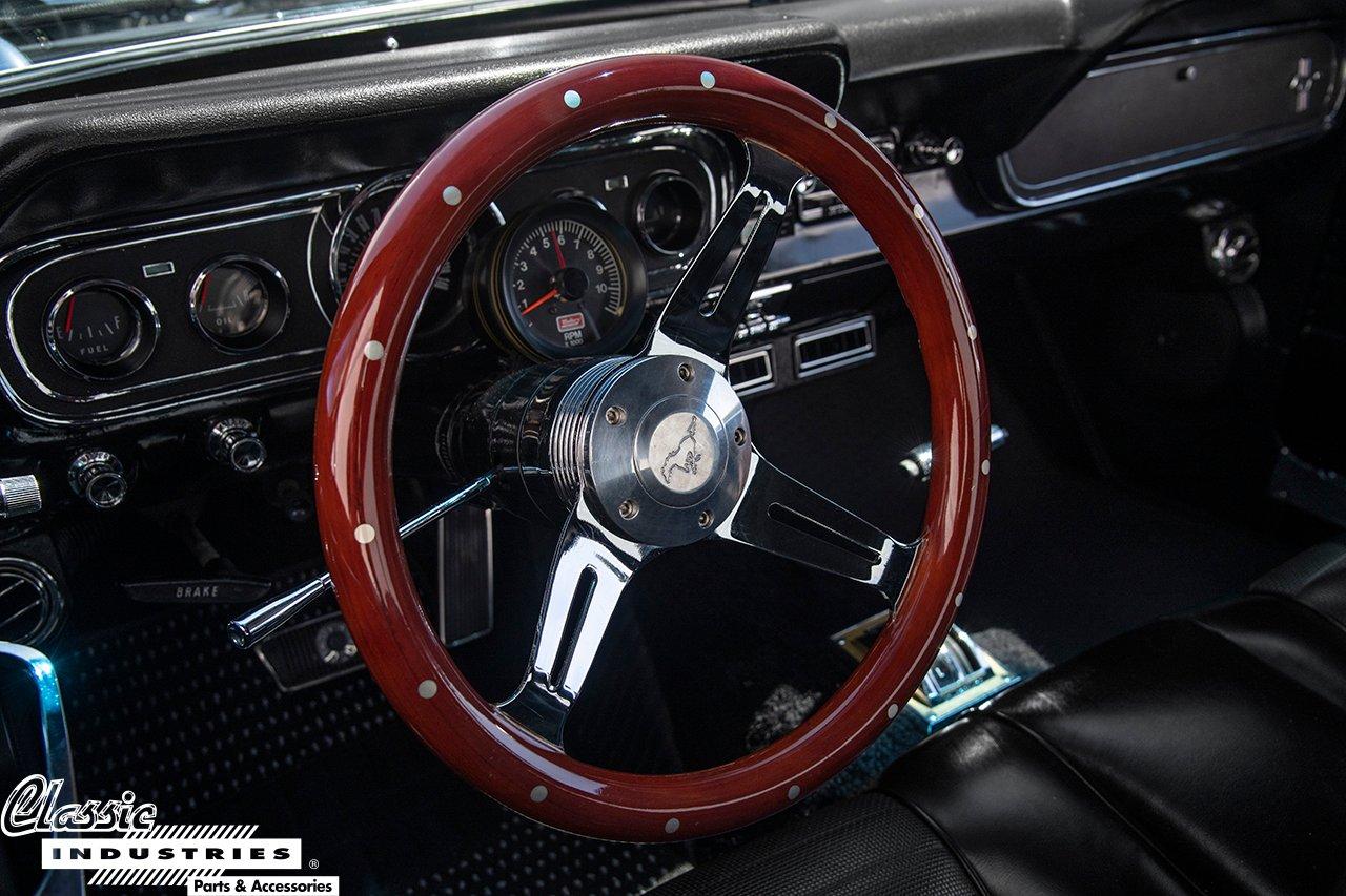 66MustangBLK_SteeringWheel