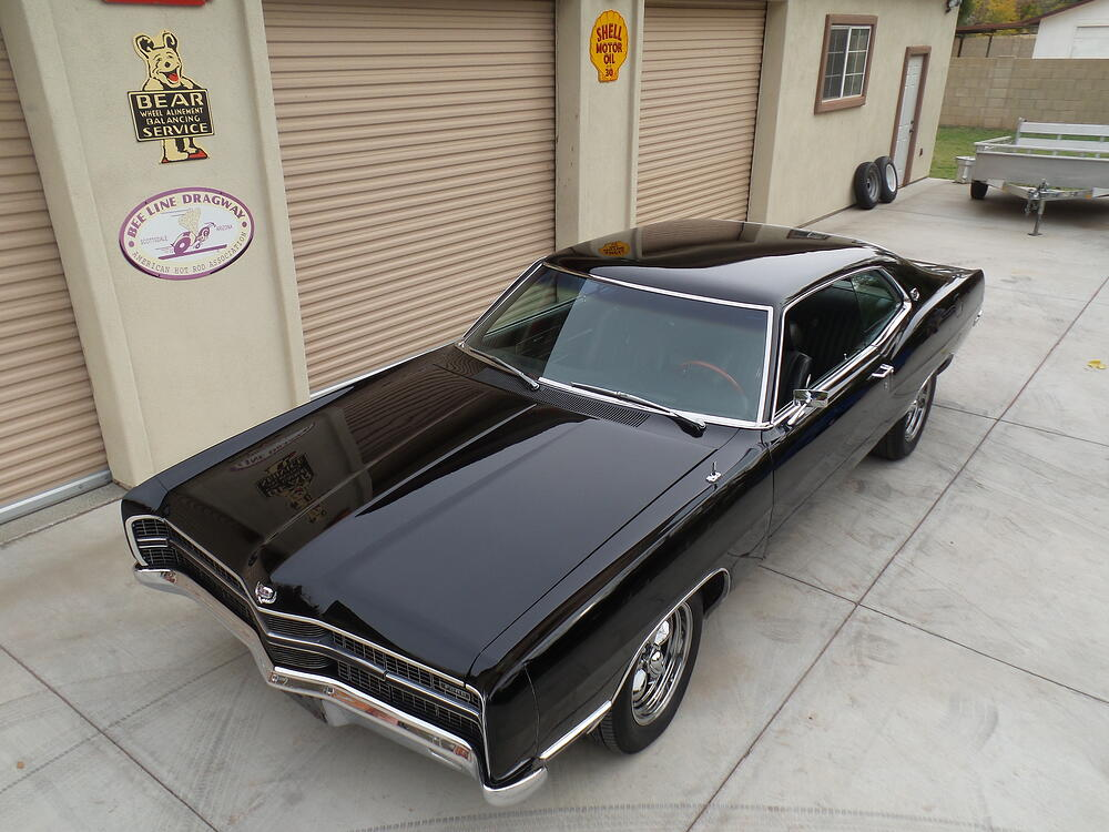 Galaxie_front_black