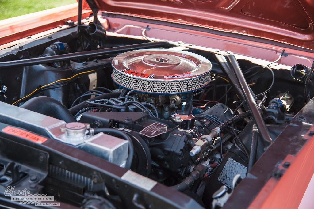 1966 Mustang convertible Engine