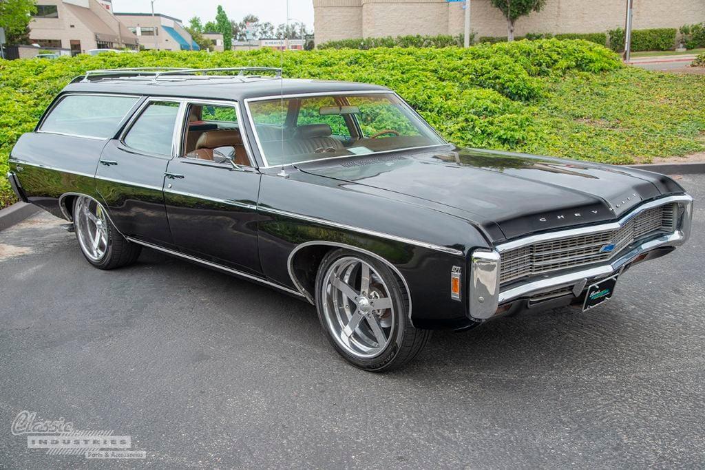 Black 69 Impala wagon 01