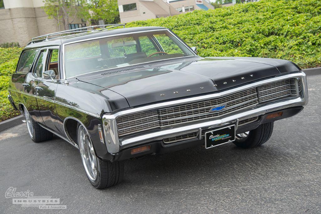 Black 69 Impala wagon 02