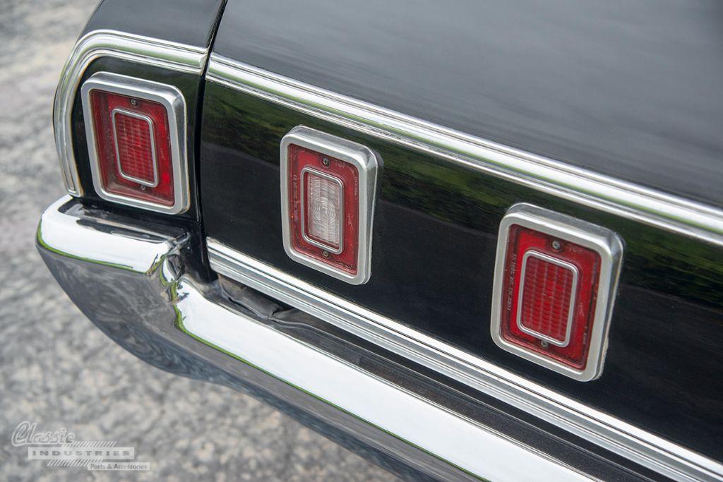 Black 69 Impala wagon 06