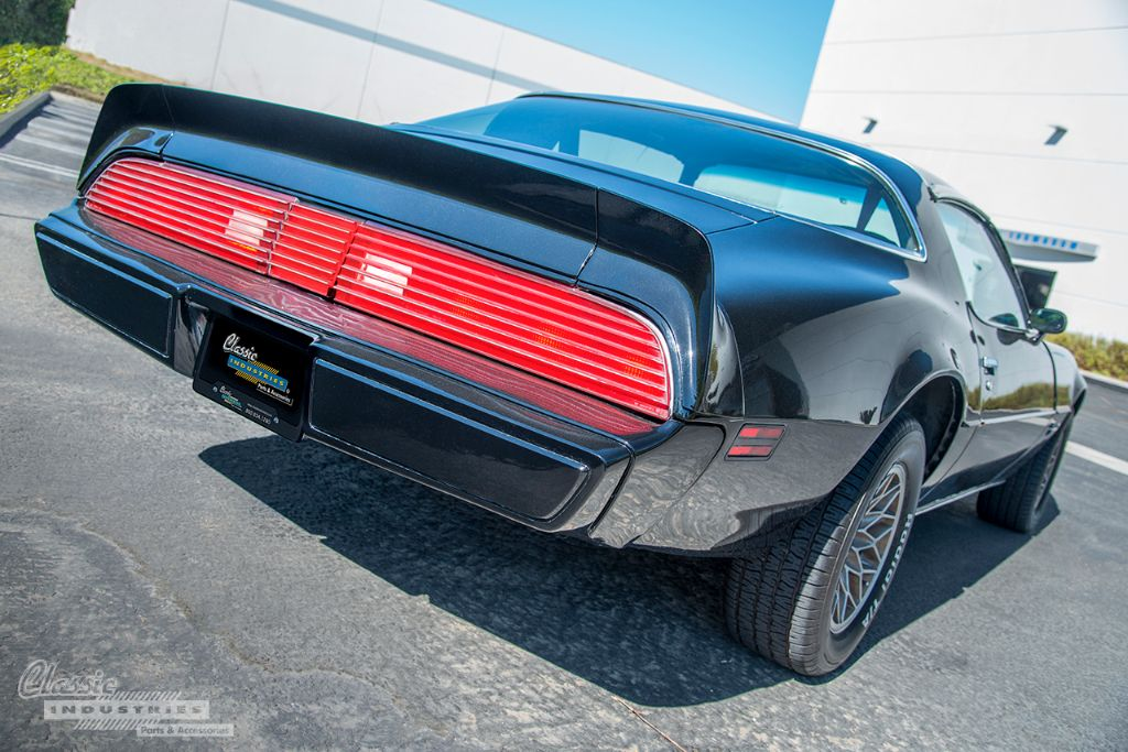 Black 80 Firebird Esprit 3