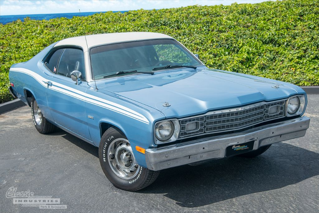 Blue 74 Duster 01