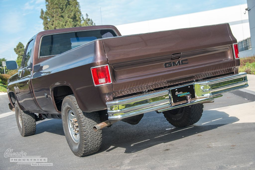 Brown 77 GMC pickup 02
