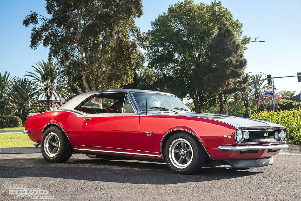 Classic-Camaro-1967-1