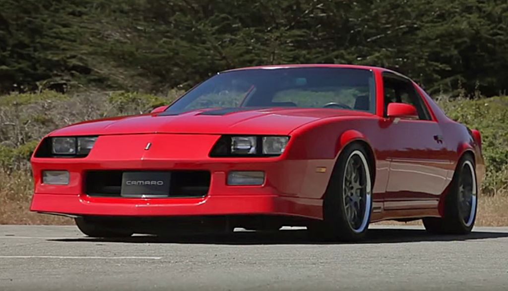 DRIVE Big Muscle Perfect IROC Camaro 2