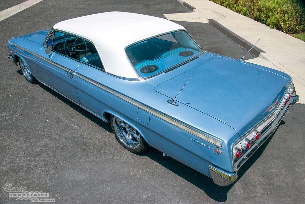 Lt Blue '62 Impala SS 2v2