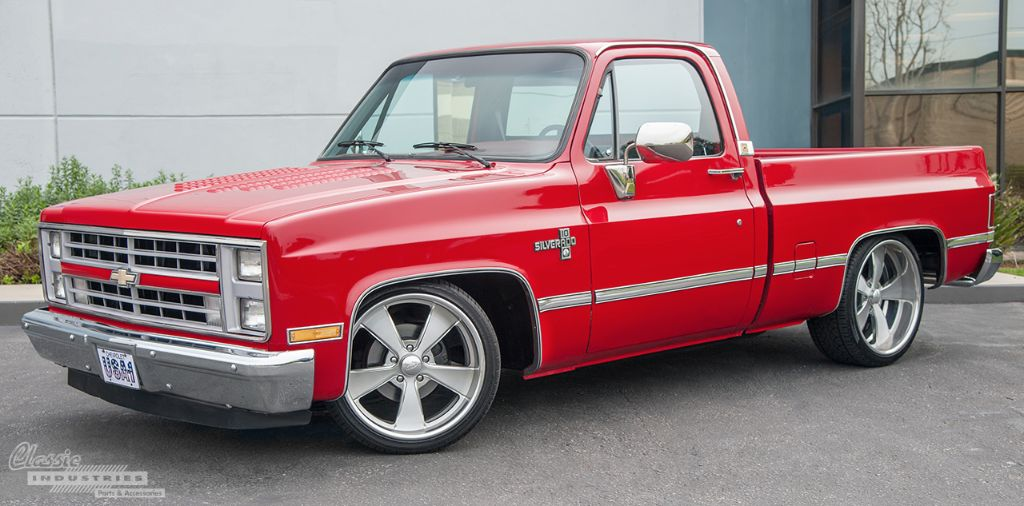Red 87 Silverado 02