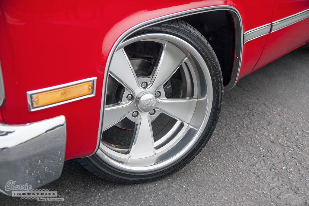 Red 87 Silverado 04