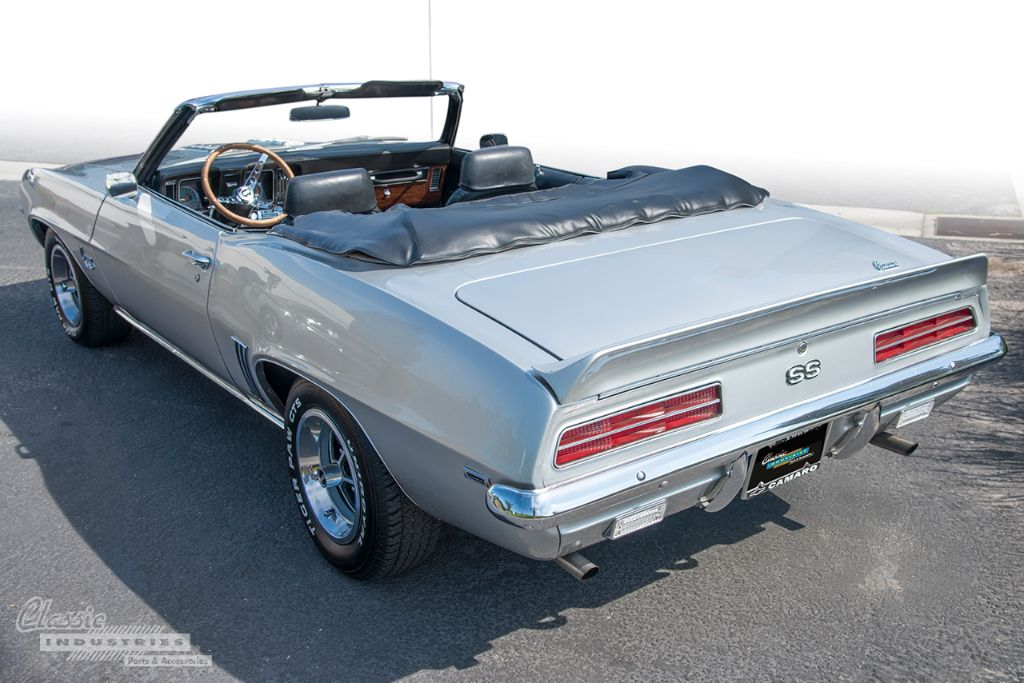 Silver '69 Camaro vert 03