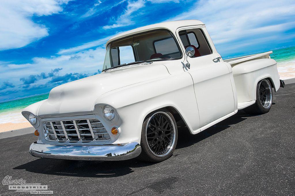 Truck55_white_1