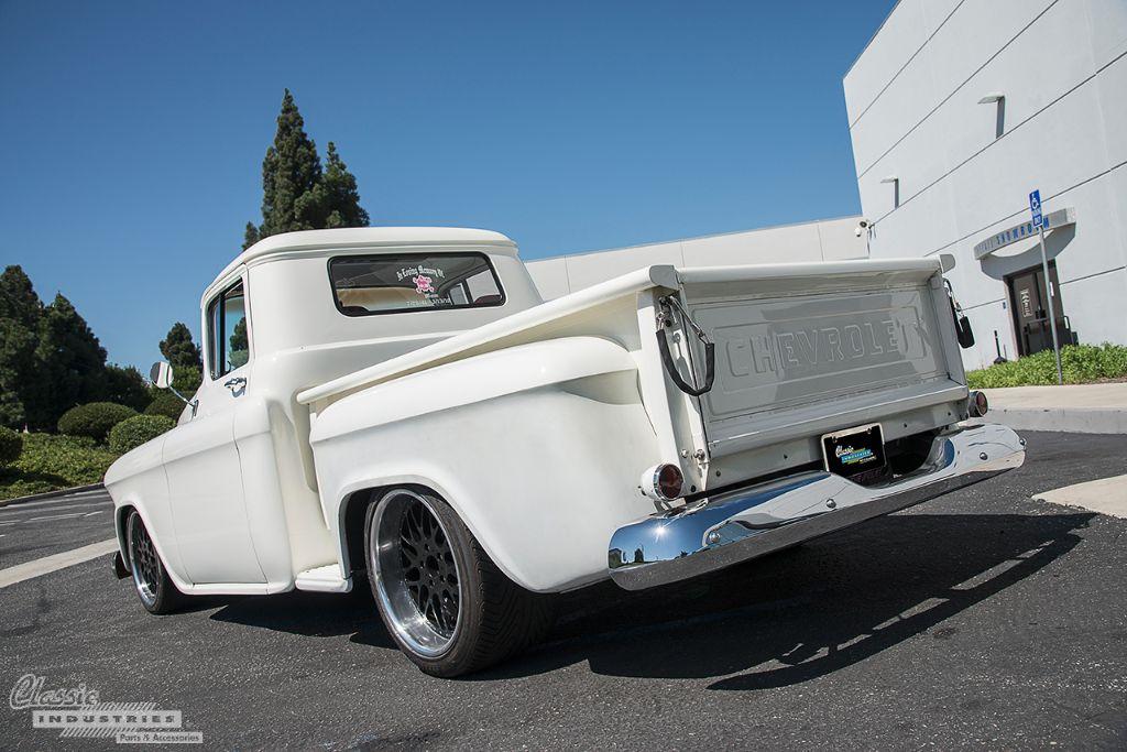 Truck55_white_2