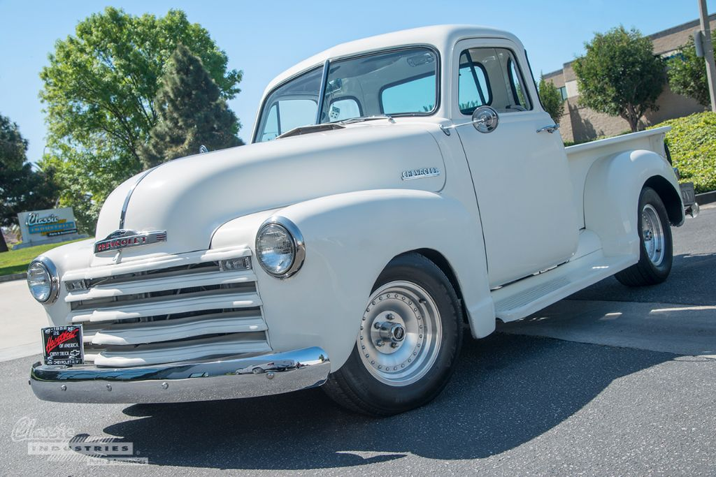 White 52 Chevy pickup 01