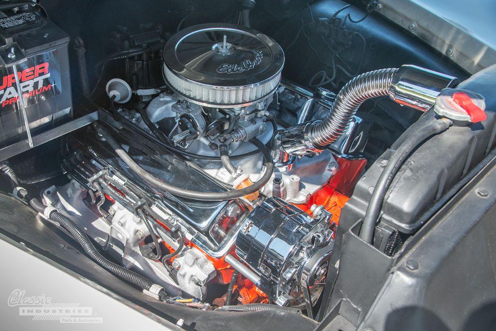 White 52 Chevy pickup 05