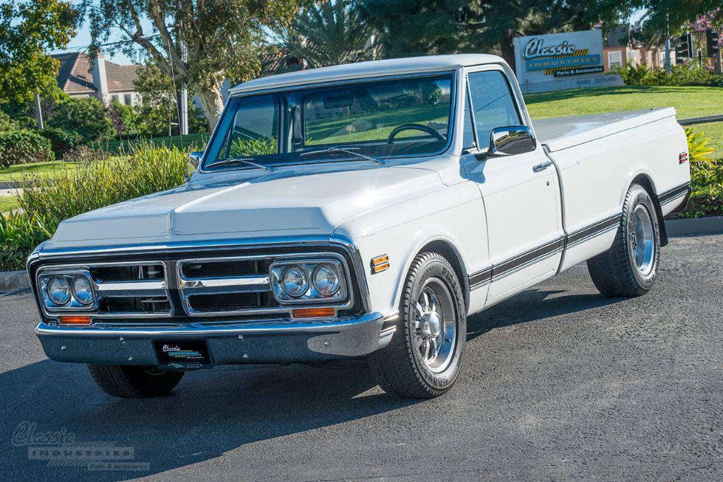 White '72 GMC 01