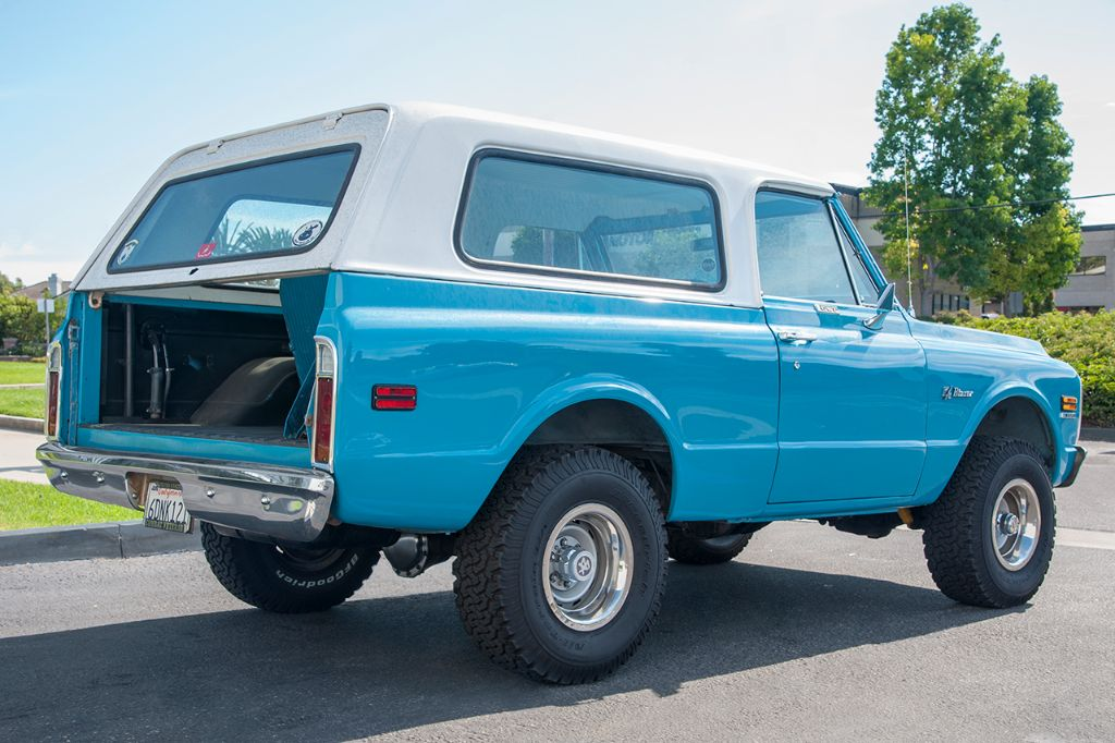 Kenneth came by our Huntington Beach showroom to pick up some Chevy Blazer parts for his '71 K5. Other than a missing tailgate, the truck is nearly finished.