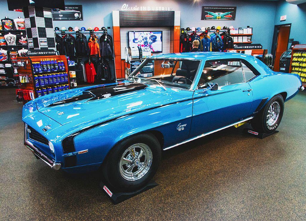 Harrell 427 Camaro Showroom