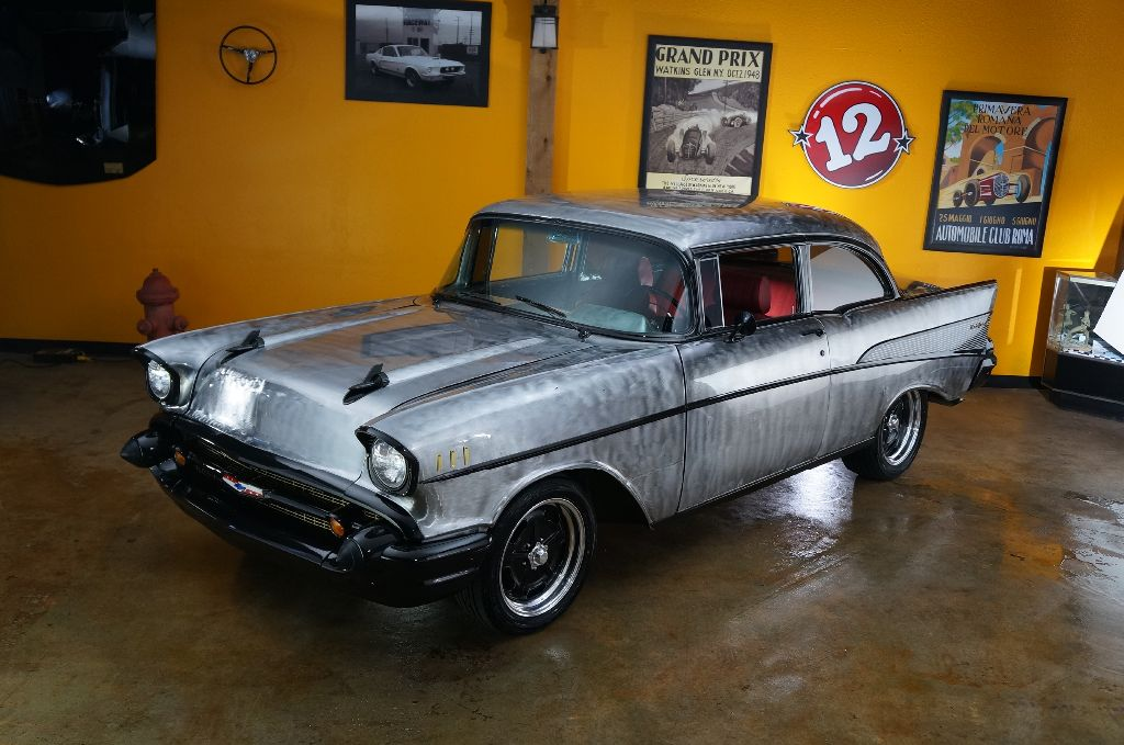 Car Chasers 57 Chevy